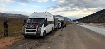 Göksun'da 52 Kaçak Göçmen Yakalandı